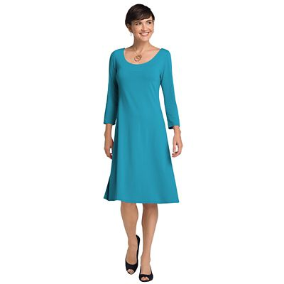3/4-Sleeved Ballet-Neck Indispensable Travel Dress