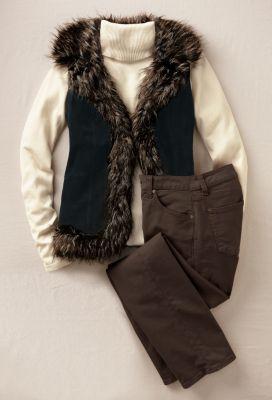 Odette Suede Vest Outfit