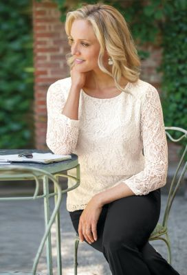 Paisley Strech-Lace Tee Outfit