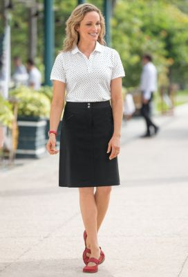 Foxcroft Short-Sleeved Knit Polo Shirt Outfit