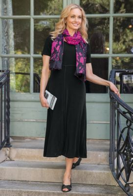 Tres Elegant Knit Tea-Length Travel Dress Outfit