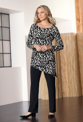 Jet Set Knit Asymmetrical Print Tunic Outfit