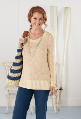 Long-Sleeved Scoopneck Sweater Outfit